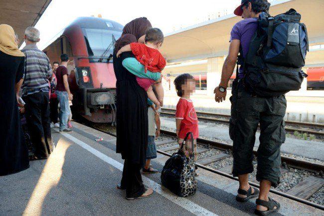 Rund 100 Flüchtlinge erreichten Wien am Mittwoch.