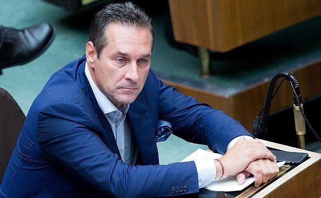 FPÖ-Chef Heinz-Christian Strache könnte Grund zur Freude haben