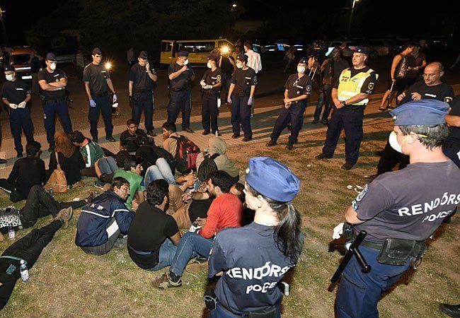 Ein Auto-Konvoi will sich nach Ungarn aufmachen, um Solidarität zu zeigen