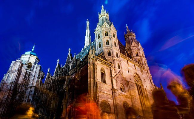 "Mitte November wird der Stephansdom zur ""Electric Church""."