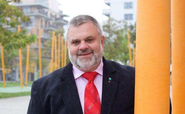 Bezirkschef von Leopoldstadt, Karlheinz Hora, im Interview mit VIENNA.at