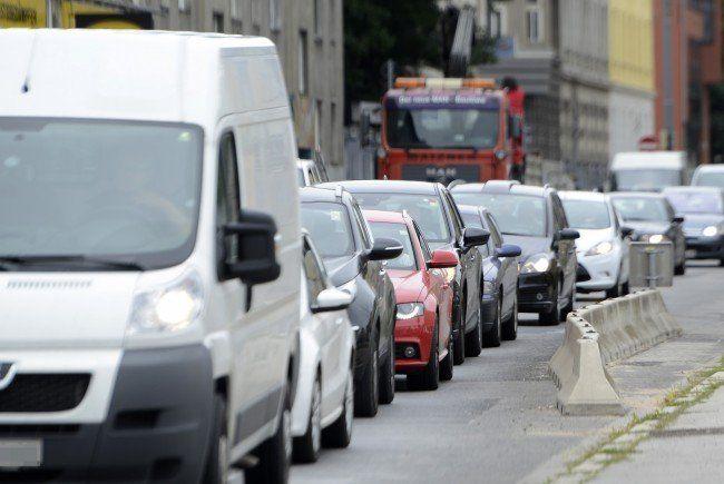Die Wiener Autofahrer brauchten Freitagnachmittag viel Geduld.
