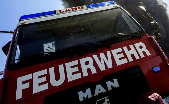 Die Feuerwehr fand die Leiche des Mannes.