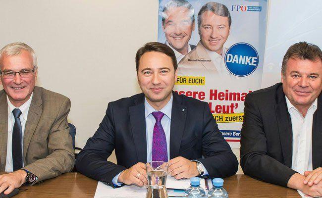 Die Regierungssitze der FPÖ bleiben nach der Wahl in OÖ gleich.