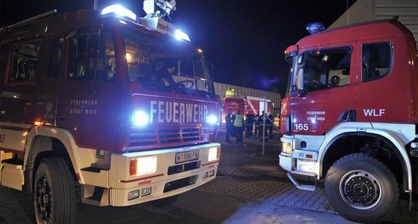 Ein Scheunenbrand im Bezirk Tulln hielt die Feuerwehr in Atem