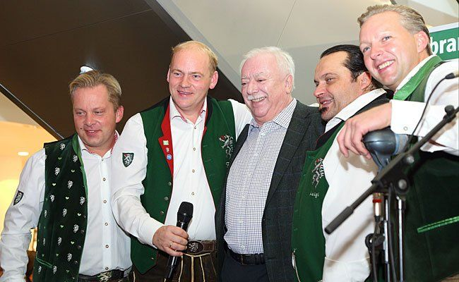 Bürgermeister Michael Häupl mit den Edelseern