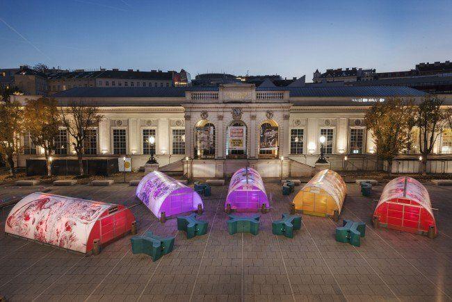"""Die Eispavillons beim """"Winter im MQ""""."""