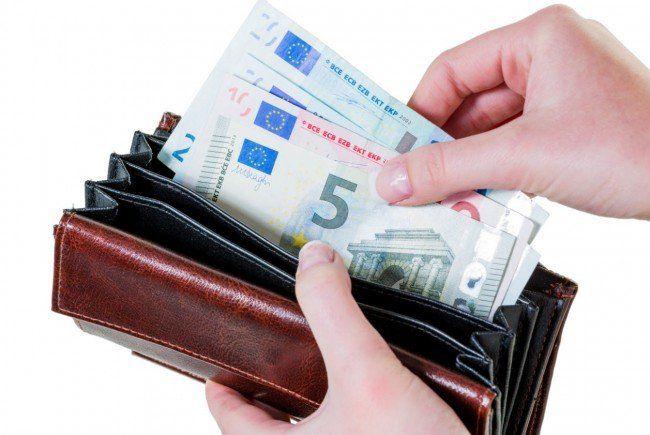 Rund 7 Prozent des Einkommens werden gespart