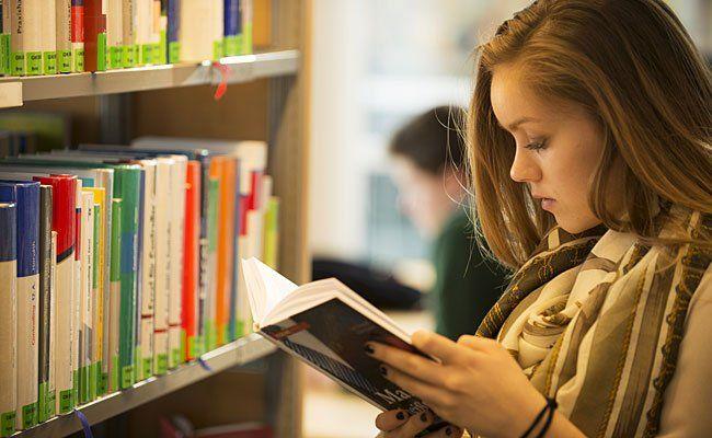 """Das ganze Land liest wieder: """"Österreich liest. Treffpunkt Bibliothek"""""""