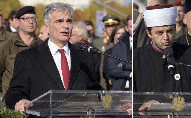 Ernste Worte der Politiker und eine Imam-Rede am Heldenplatz.