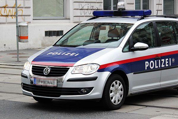 Unfall auf Kreuzung in Wien-Favoriten.