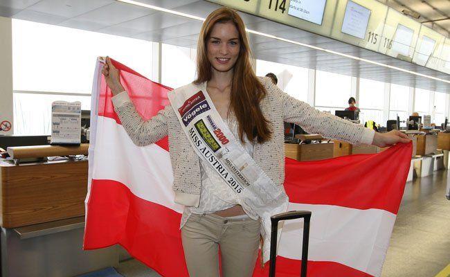 Miss Austria 2015 Annika Grill hebt zur Miss-World-Wahl ab.
