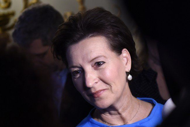 Opposition kritisiert Heinisch-Hosek
