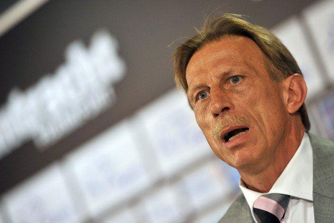 Ex-Austria-Wien-Trainer Daum bot Stuttgart seine Hilfe an.