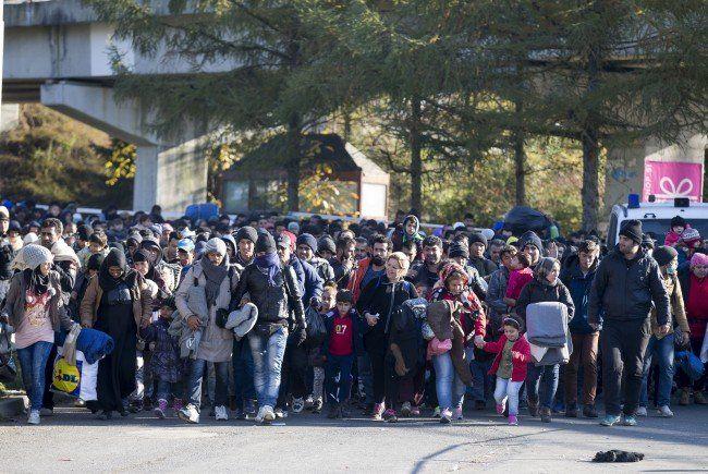 Flüchtlinge an der Österreichisch-Slowenischen Grenze.