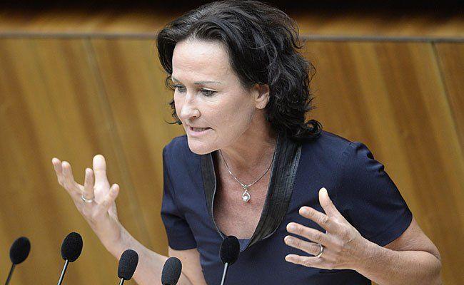 Die Grüne Bundessprecherin Eva Glawischnig meldete sich in der Causa Winter zu Wort