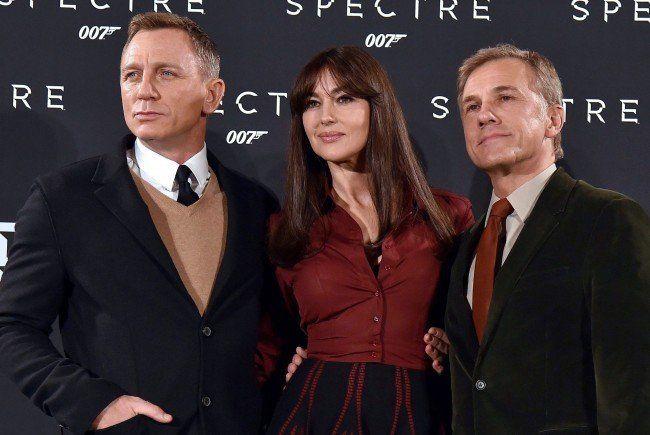 Christoph Waltz mit Bellucci und Daniel Craig.