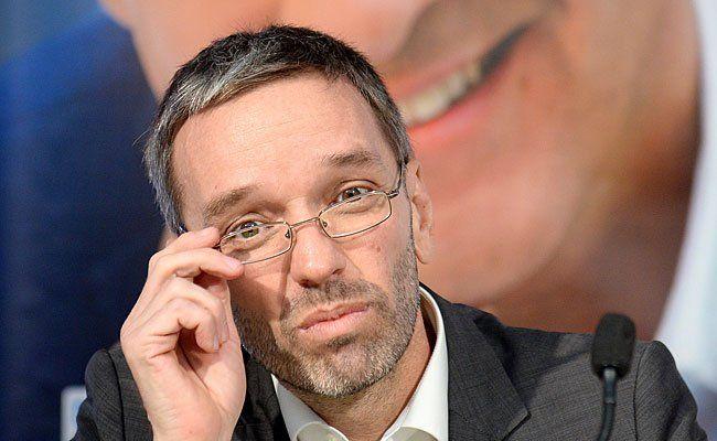 Herbert Kickl äußerte sich kritisch über das Mehr an AMS-Schulungsteilnehmern aus Ausland