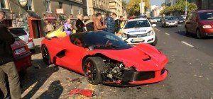 PS-Protz crasht 1-Million-Euro-Ferrari
