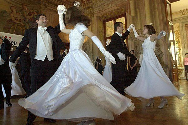 Das Tanzbein wird man in Wien vielfach schwingen können - als Erstes beim Rauchfangkehrer-Ball