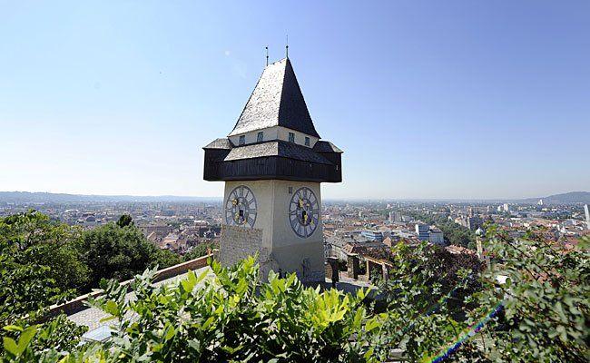Der Uhrturm auf dem Schlossberg in Graz - sein Zwilling wird in Wien errichtet