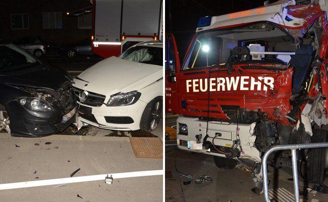 Auf dem Weg zu einem Einsatz wurde das Feuerwehrfahrzeug in einen Unfall verwickelt.