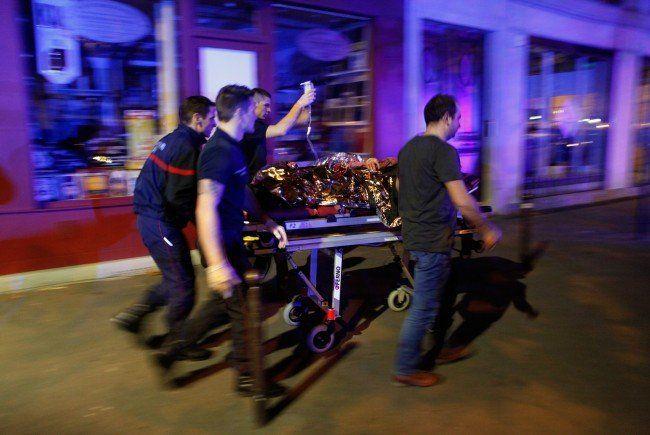 Paris unter Schock: So liefen die Terroranschläge ab.