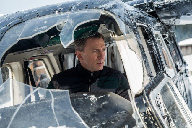 James Bond startet erneut durch