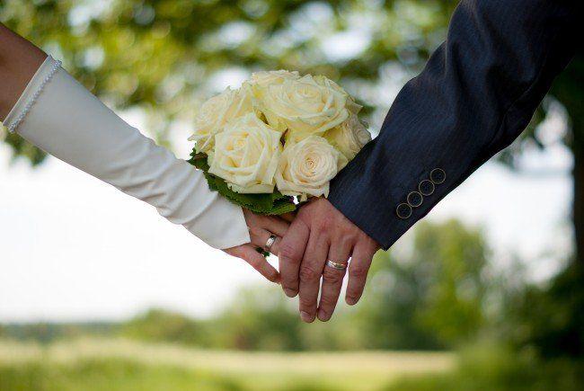 Online die perfekte Hochzeitslocation finden.