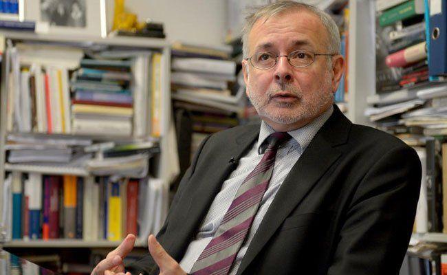 Historiker Oliver Rathkolb hat sich mit seiner Arbeit verdient gemacht.