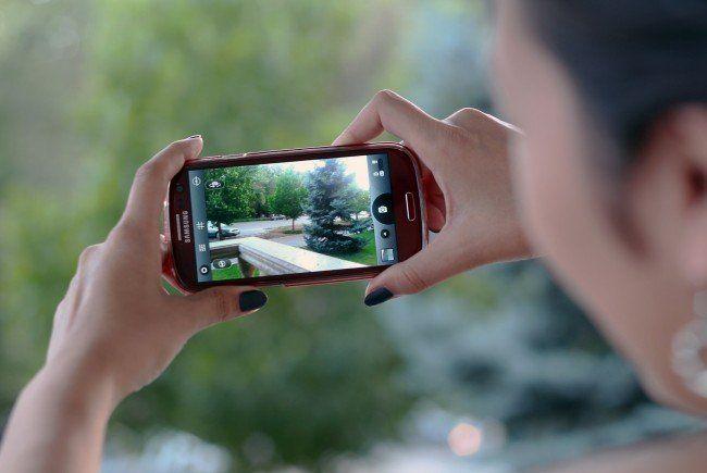 Trojaner, Viren, Phishing: Das Smartphone als Gefahrenquelle