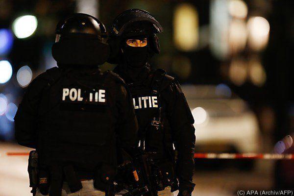Die belgische Polizei hat zwei Terrorverdächtige festgenommen.