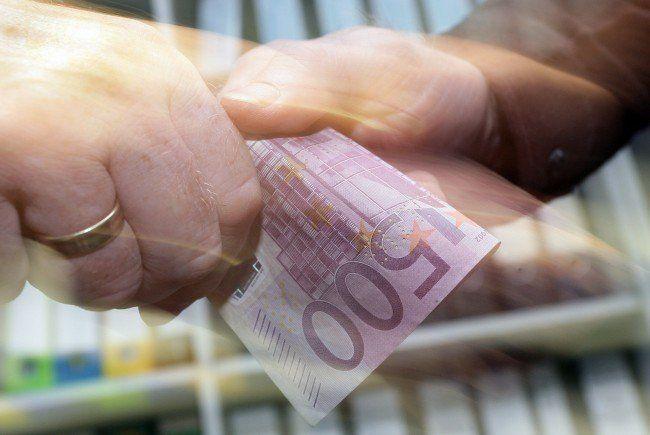 Geldwechselbetrüger in Graz, Wien und Linz unterwegs: Duo festgenommen