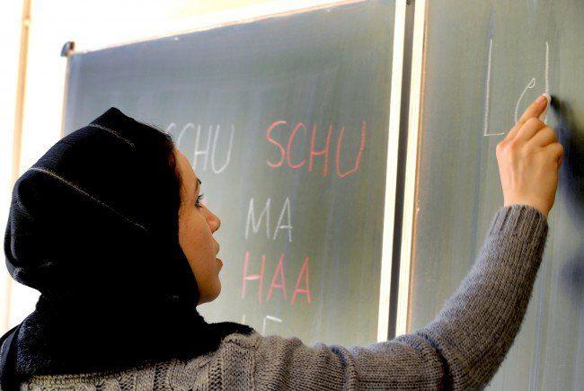 Flüchtlinge - AMS Wien verteidigt getrennte Sprachkurse