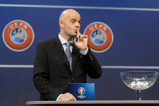 LIVE-Ticker zur Fußball-EM Auslosung 2016 in Paris.