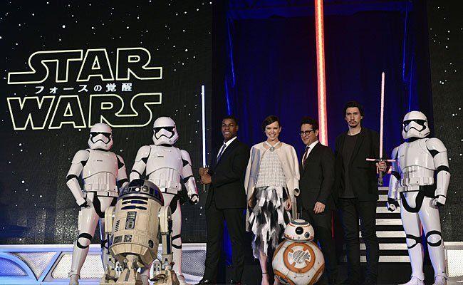 Der Star Wars-Cast bei der Film-Premiere in Tokyo