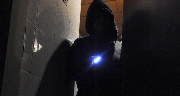 Der Einbrecher war nachts in ein Lokal in Wieden eingestiegen