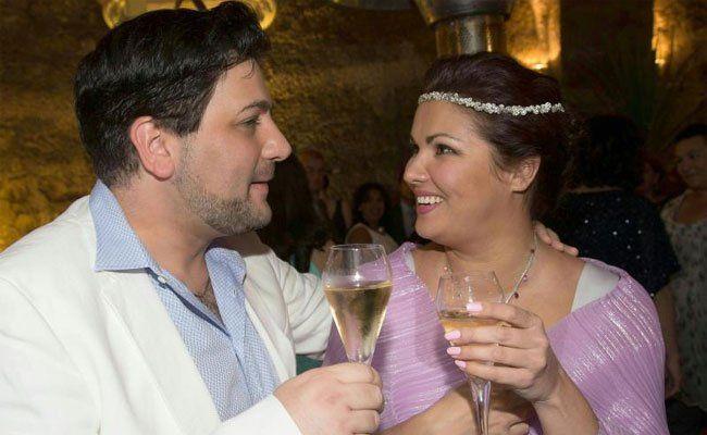 Anna Netrebko freut sich auf ihre Hochzeit.