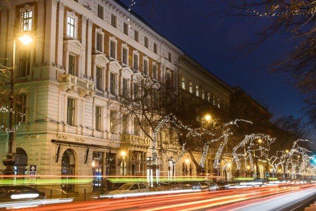 Entspannen an der Adrássy Straße in Budapest