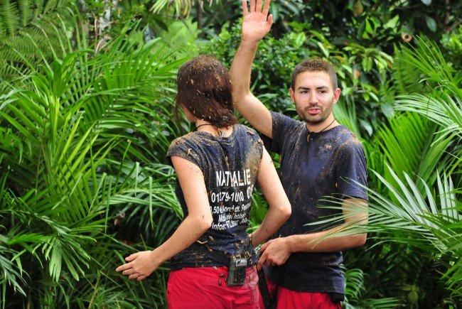Menderes und Nathalie mussten in die Dschungelprüfung.