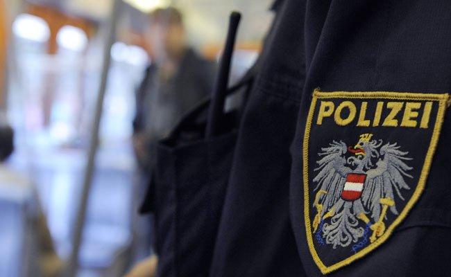 Zwei junge Männer konnten nach einem Diebstahl ausgeforscht werden.