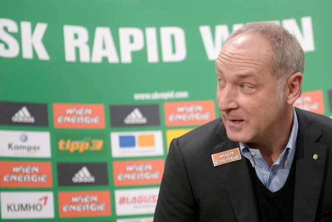 Andreas Müller äußert sich zu den Transferspekulationen.