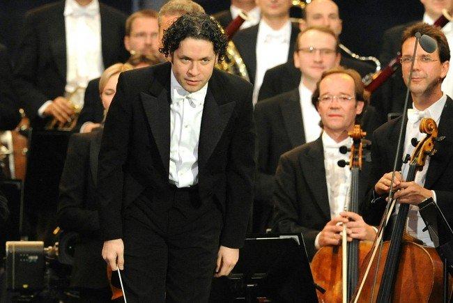 Gustavo Dudamel wird das Neujahrskonzert 2017 leiten.