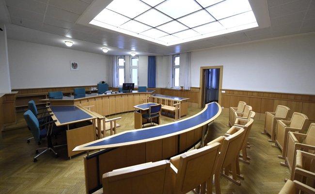 Die Haftstrafe sorte für Unmut im Gerichtssaal.