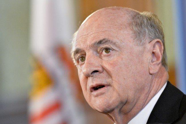 Erwin Pröll würde bei einer Kandidatur nicht Landeshauptmann bleiben.