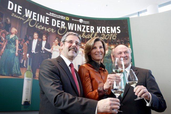 Zum 15. Mal werden Weine der Winzer Krems serviert.