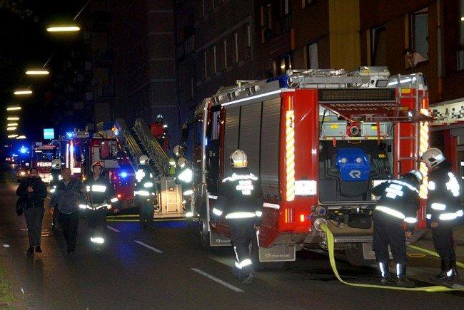 Für eine Frau kam bei dem Brand jede Hilfe zu spät.