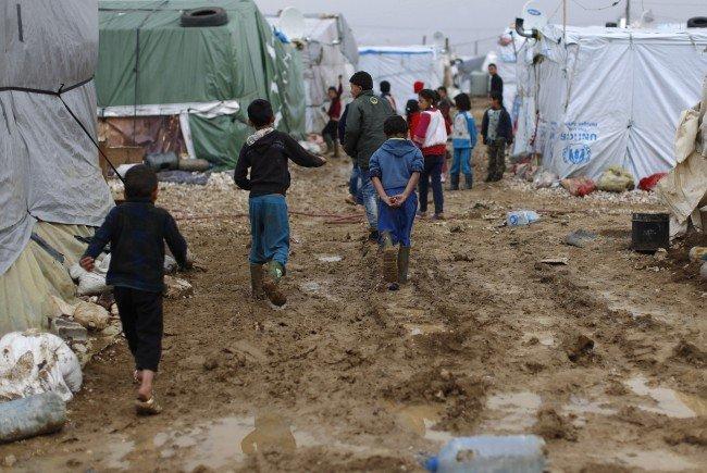 Die Bedingungen in den Flüchtlingslagern im Nahen Osten seien prekär.