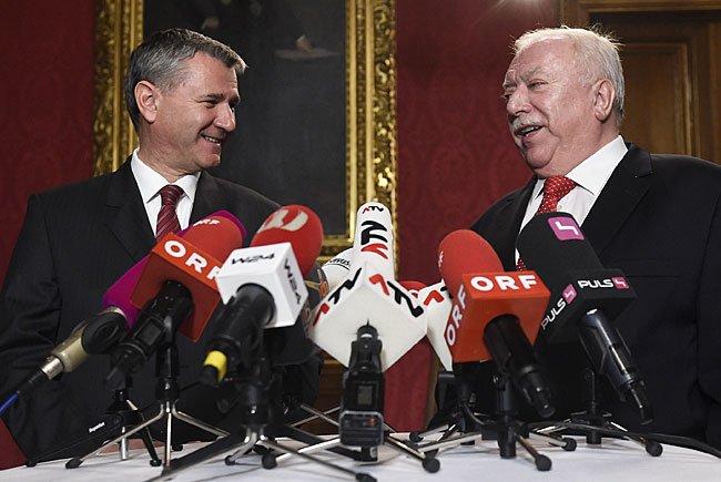 (v.l.) SPÖ-Landesparteisekretär Georg Niedermühlbichler und Wiens Bürgermeister Michael Häupl (SPÖ)