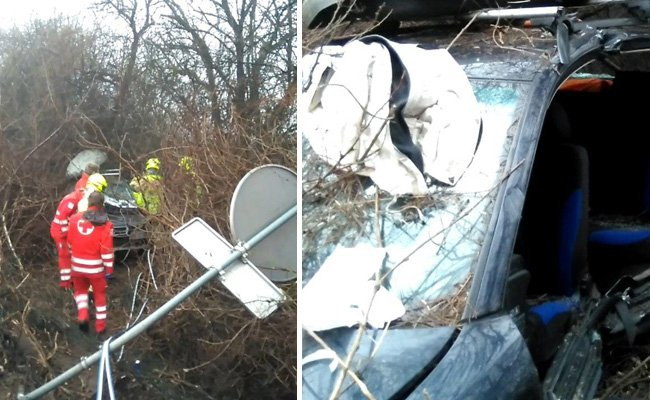 Der Unfalllenker wurde von der Feuerwehr geborgen.